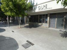 La vorera ampliada davant de l'Escola Gilpe.