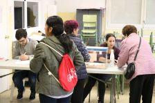 Un moment de la votació al Col·legi Les Planes.